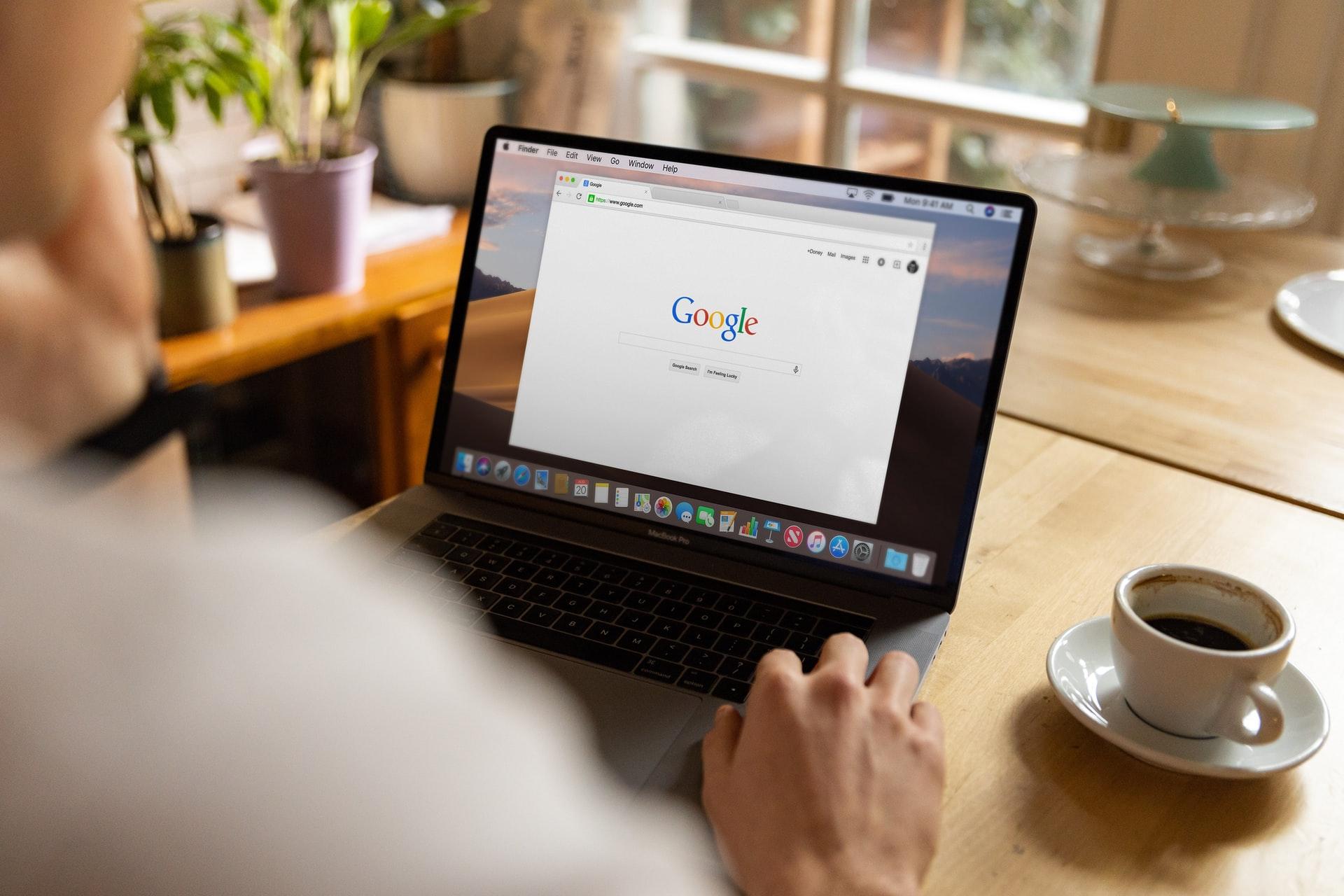 Google検索するプログラミング駆け出しエンジニア